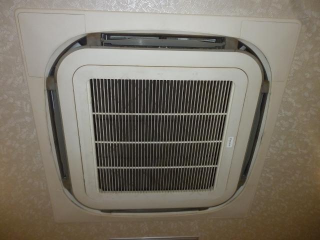 業務用エアコンクリーニング | 大阪市西区